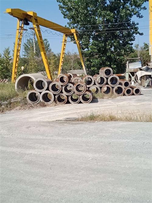有需要水泥管子模具的聯系18866962050,各種尺寸都有,謝謝