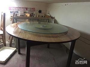 出售8成新闲置餐饮桌椅
