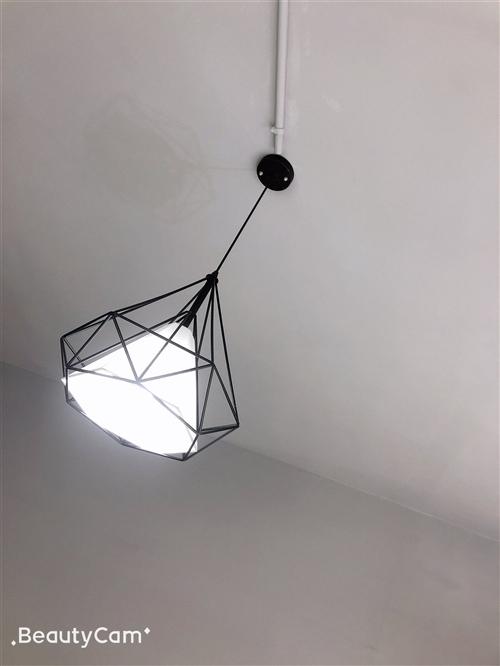 簡約吊燈,低價處理