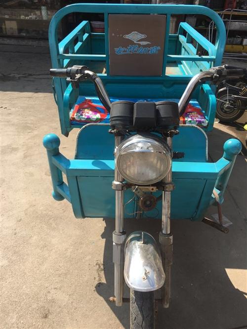 出售九成新福田之星電動三輪車,車廂長一米五,寬一米,車況良好電池行程五十里,