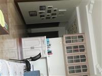 你好,出售兴县宝山花园低层,一号楼六单元3 层东户(共七层),105平米三室两厅一卫,精装修,厨卫电...