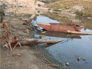 养鸭子污染环境和水源没人问没人管!