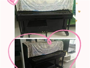 本人有一架雅马哈钢琴,八成新,基本没用,2015年秋季买的,有喜欢的可以联系本人谈价!