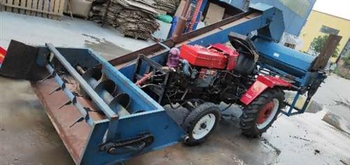 出售,洛阳28王四轮拖拉机一台,带打玉米机一个,拖拉机9.9成新,