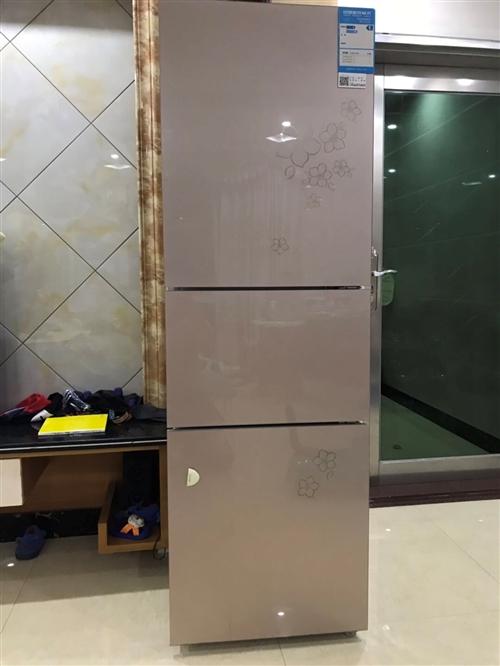 海尔三门冰箱,一级效能,9成新,自家用的,换了一台更大的冰箱,所以现在便宜转让!