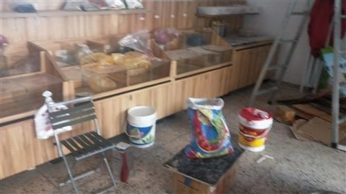 五谷杂粮展示柜九组,烤箱,一风吹大磨,水冷磨,全部九成新现有急事急转