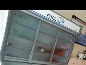 冰箱一�_�D�,本人有一�_展示柜冰箱�D�