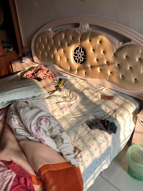 床垫200便宜卖,床500,非常化算