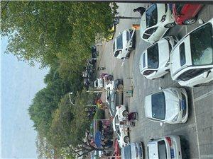 沂水锦江之星食尚馅饼停车场商圈停车场怎么成了私有的?