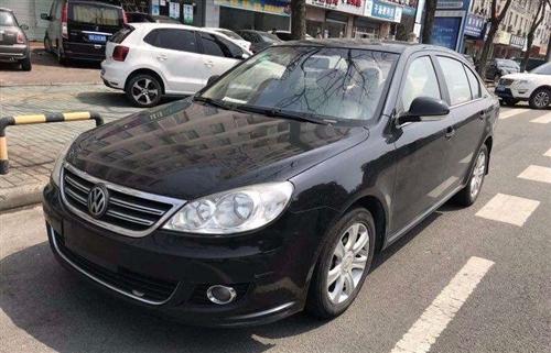 本人有一臺2010年12月28日落地的上海大眾朗逸1.6手動檔小轎車一臺,全程保養好,零過戶,現低價...