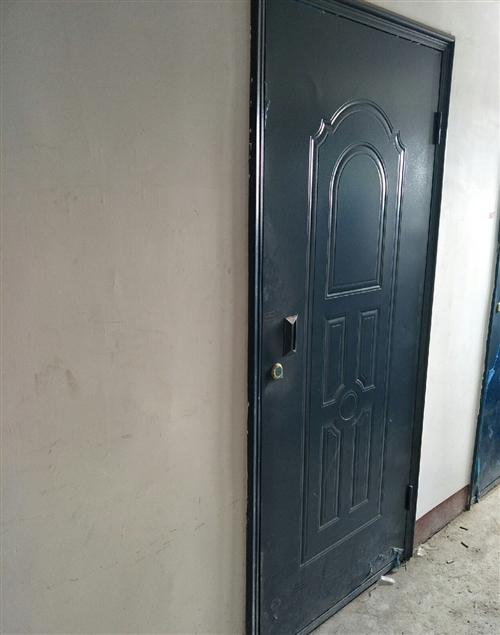 求购三张地下室铁门 87cmX197cm