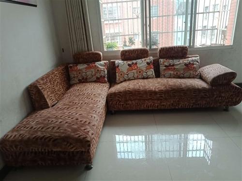 高檔、時尚、新款、大氣、結構牢固穩定,家用沙發低價出售
