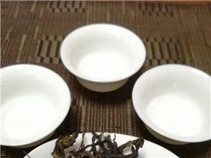 我是潮州人,茶叶是自家茶园自家生产,绝无任何添加剂,绿色无污染的健康茶 潮州凤凰单丛茶清香型单枞鸭...