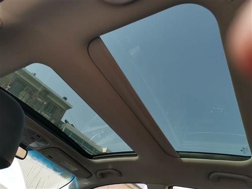 现代素八,2013年上户,无事故,金车原板原漆,最顶配,双天窗手自一体,
