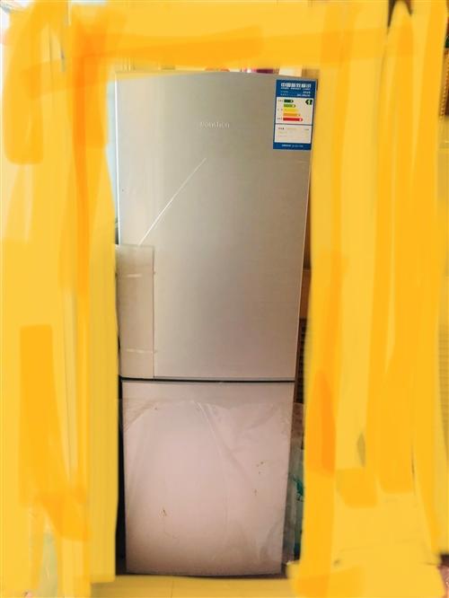 容声冰箱128升,9成新,价格可再商量。