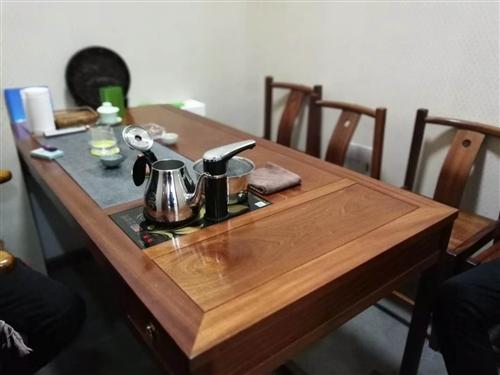160cm花梨木茶桌一套,5把椅子,99成新