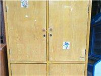 私人收一个这种小衣柜,价格面议,电联