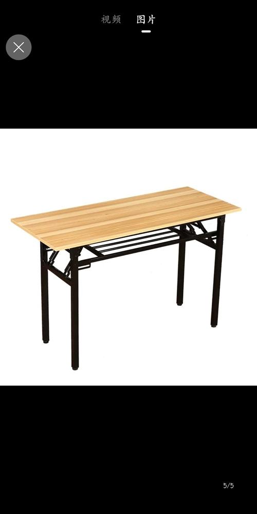 **桌子凳子低价出售,可做餐饮,可做培训!与图片一样!