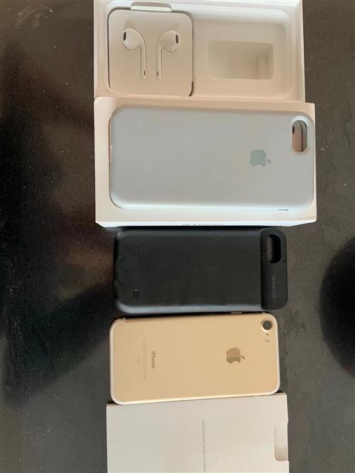 苹果7  32G  金色,箱说全,有发票,没拆修个人自用机,换新手机,闲置无用回回血,