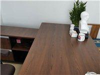 處理辦公用品  桌椅  沙發  價格電話咨詢。