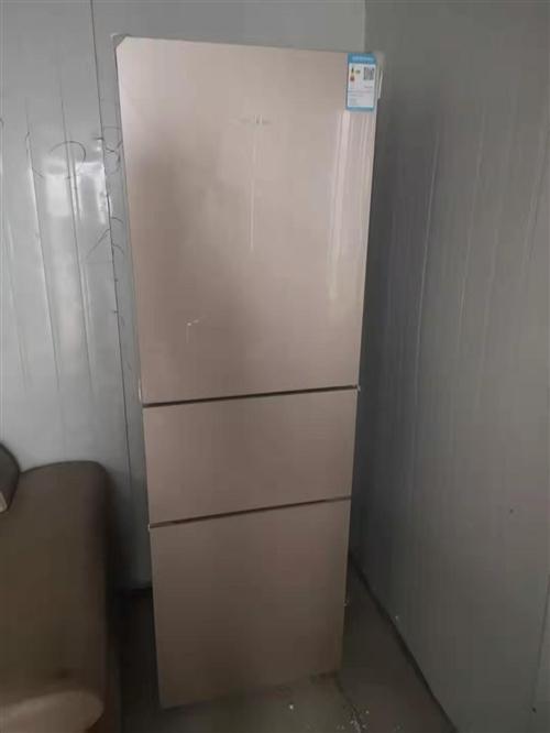 出售冰箱,9成新買來沒怎么用,一直放著,9成新