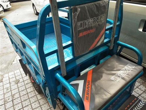 出售電動三輪車,