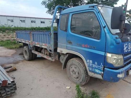 出售六輪貨車一輛