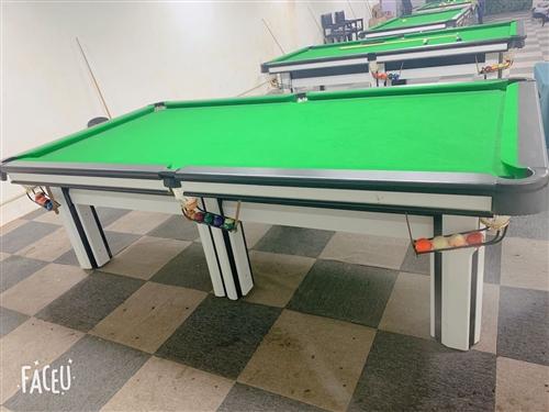 本球厅打算更换乔氏,出售台球桌只用了3个月,有3个台子。价格低,有要的联系我:18649053726...