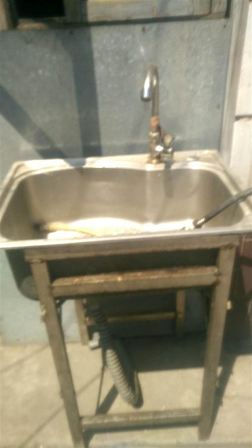 闲置洗菜盆一个处理了,八成新