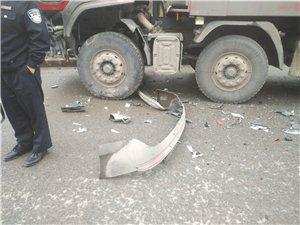 好嘿人哦!广安吉利试驾车超速加逆行造成重大交通事故。附现场图……