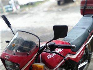钱江125型男士两轮摩托车八成新车况好价格便宜