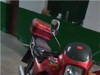 豪爵鉆豹125摩托車