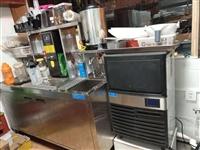 奶茶小吃店設備,桌椅,材料,技術全套轉讓。