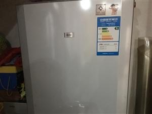 海��冰箱,型�BCD_195KAM,八成新好的,地址是南城�h�坪�蝾^