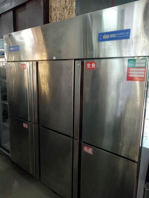 九成新廚房  六門柜