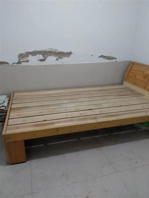 因為拆遷,除理一批九層新1米2的床有要的請聯系我