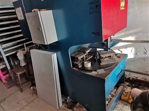 不锈钢橱柜?#23548;洌?#24102;技术,带客户转让有意者电联15339955990