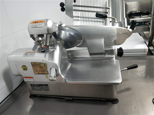 本人有一台九成新的切肉机有需要的可联系