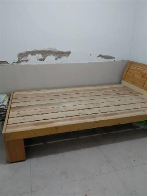因为拆迁除理一批九新床,有要的给我联系