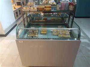 出售中�u柜,��u柜,西�c柜,常�氐案夤�,蛋糕模型柜,餐�P柜,九成新(使用5��月)