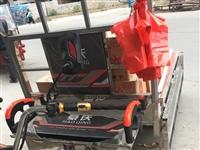 转让八成新电三轮车。车厢长1.8米。四十五安电瓶。充满电可走六十多公里。买回来5800现在3800转...