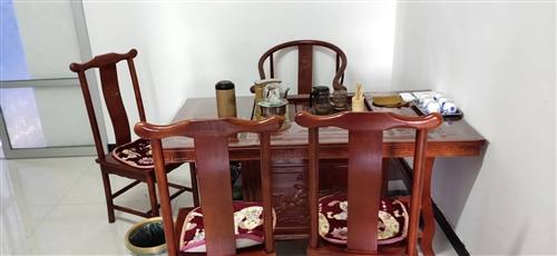 转让茶案一套,19年4月份购买,带炉子,共5把椅子,买时2300,看上的,价格可以商