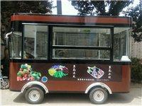 3.2米小吃餐车,用了不到两月,九成新,买时16500,因本人有事要外出,现急转,有意者欢迎致电15...