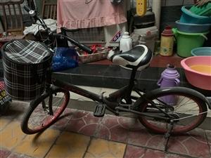 出售一辆自行车 价格面议 有意者加微信18353475906