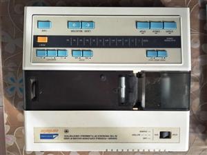 上海光电6511型心电图机一台出售,按键灵敏,直流电正常使用,胸导联皮球需更换,价格面议!衡水冀州区...