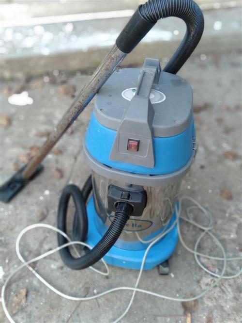 洁霸吸尘器九成新,原价六佰多,现便宜出售,只卖150元。