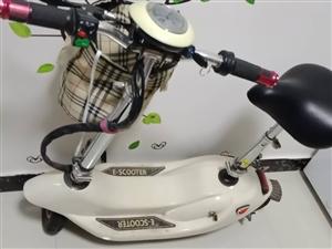 女士迷你电动车一辆    九成新     颜值不错      骑行时间三个月   199303853...
