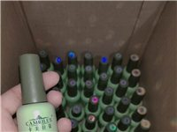 美甲店不干了,卡美拉姿甲油胶57瓶还有色板只要500元