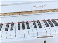 韩国品牌钢琴,二手九成新,澳门金沙城中心市里交易,可以来看琴,运费自理,非诚勿扰,谢谢