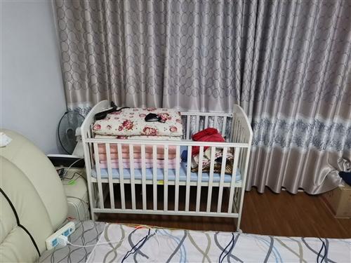儿童床,家有闲置儿童床,几乎**,买回来用了一次孩子,所以低价出售,有意致电!